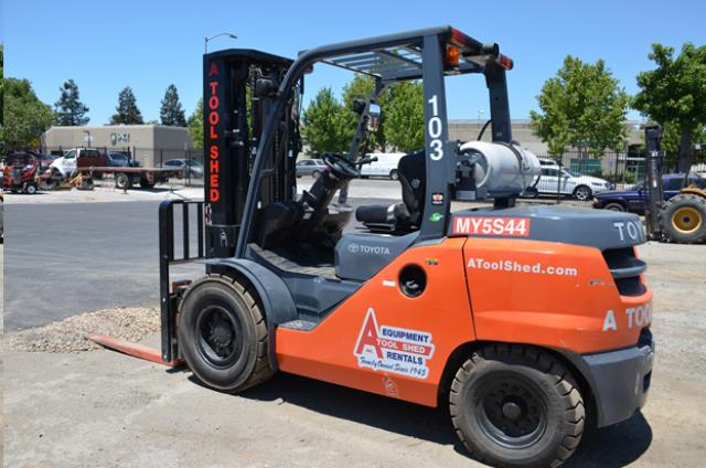 Where to find 15  WAREHOUSE FORKLIFT 10,000 LBS CAP in San Jose