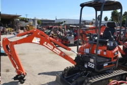 Where to rent EXCAVATOR COMPACT 1 1 2 TON in Campbell CA