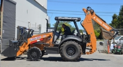 Where to rent BACKHOE LOADER CASE 4x4 580N 4in1 in Campbell CA