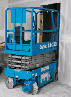 Where to rent GENIE INDUSTRIES GS1930 SCISSOR LIFT in Campbell CA