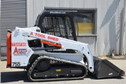 Where to rent TRACK SKID STEER LOADER LOW GROUND PSI in Campbell CA
