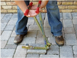 Where to rent PAVER EXTRACTOR REMOVER in Campbell CA