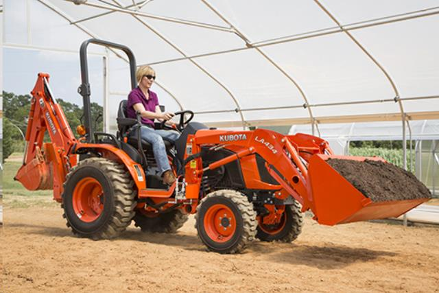 4 X 4 Kubota Backhoe Tractor Loader Rentals San Jose Ca
